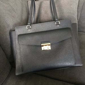 Michael Kors Essex Large East West Tote